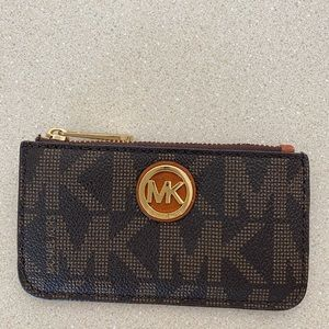 Michael Kors coin purse with key wring